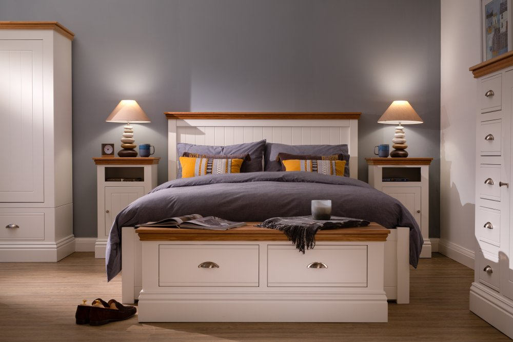 Island Breeze Bedroom Gallery