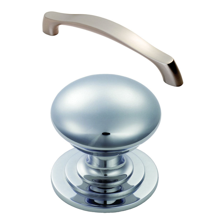 Chrome Pull Handle (Drawers)  Chrome Knob (Doors)